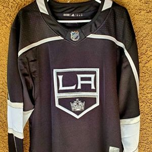 LA Kings Adidas hockey jersey black sz 54